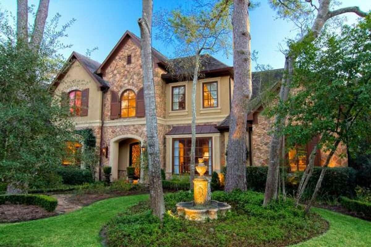 11705 Durrette , $2,390,000 Heritage Texas Properties Agent: Lynn Zarr 713-965-0812 Main 713-341-1667