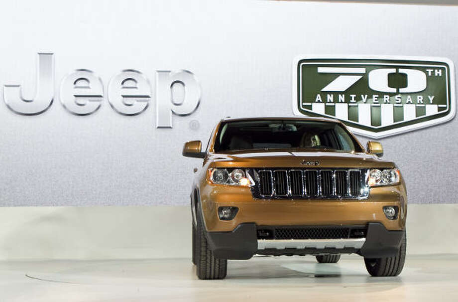 A 2011 Jeep Grand Cherokee 70th Anniversary sport utility vehicle made by Fiat SpA's Chrysler Group Photo: Jeff Kowalsky, Bloomberg