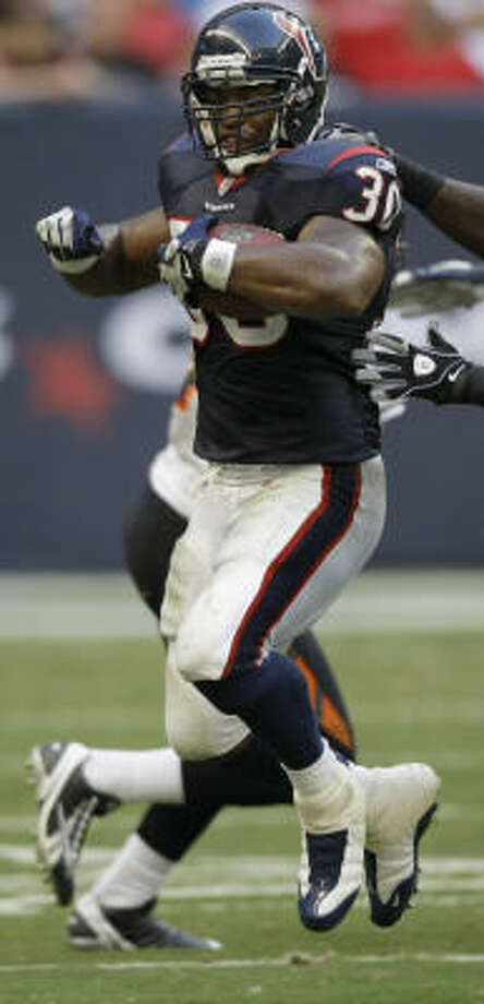 "Houston Texans running back Ahman Green left the game early with ""cramps."" Photo: Brett Coomer, Chronicle"