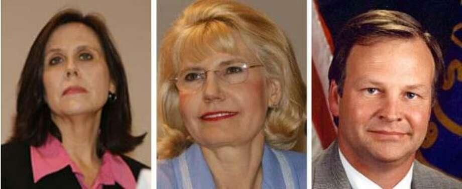 State Board of Education member Cynthia Dunbar, left, and former Sugar Land Mayor Dean Hrbacek, right, are standing behind Shelley Sekula Gibbs as she fights for Democratic U.S. Rep. Nick Lampson's seat. Photo: For The Chronicle