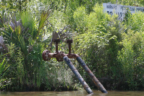 Texas, Louisiana pipeline maps inaccurate - Houston Chronicle