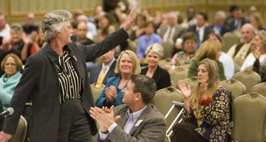 Galveston Mayor Lyda Ann Thomas drew applause with a vow to restore UTMB's status. Photo: NICK De La TORRE, CHRONICLE