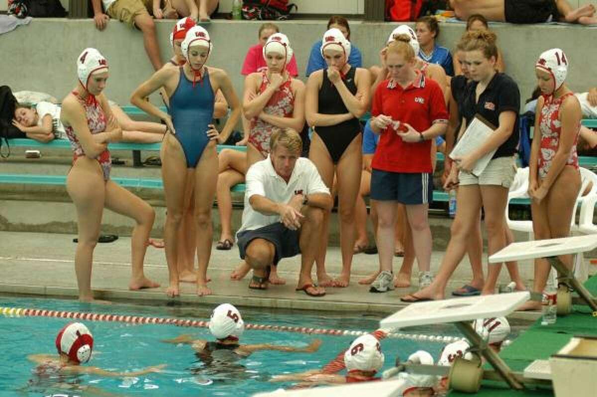 High School Water Polo Splits Into Two Separate Seasons