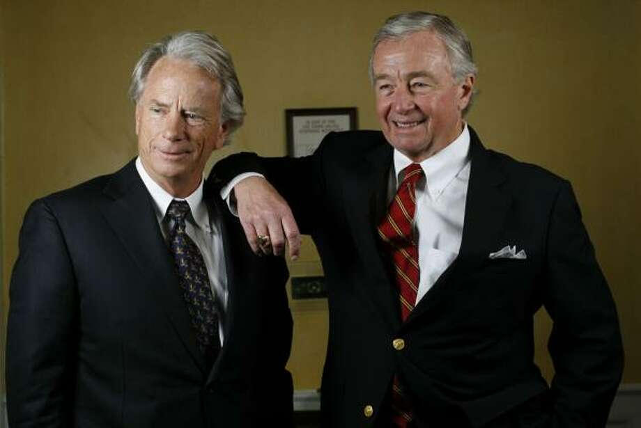 Mike DeGeurin, left, and Dick DeGuerin return to the spotlight in high-profile legal battles. Photo: KAREN WARREN, CHRONICLE