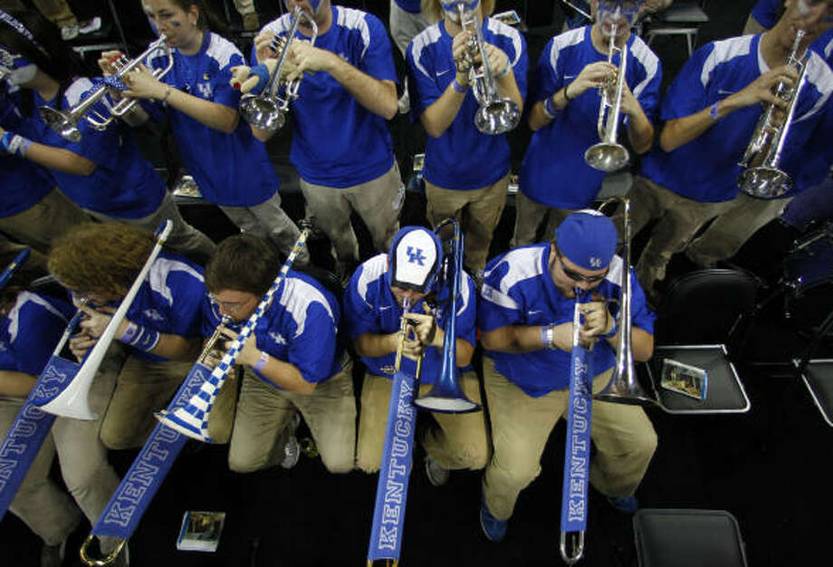 The Kentucky pep band plays before the game. Photo: Nick De La Torre, Chronicle