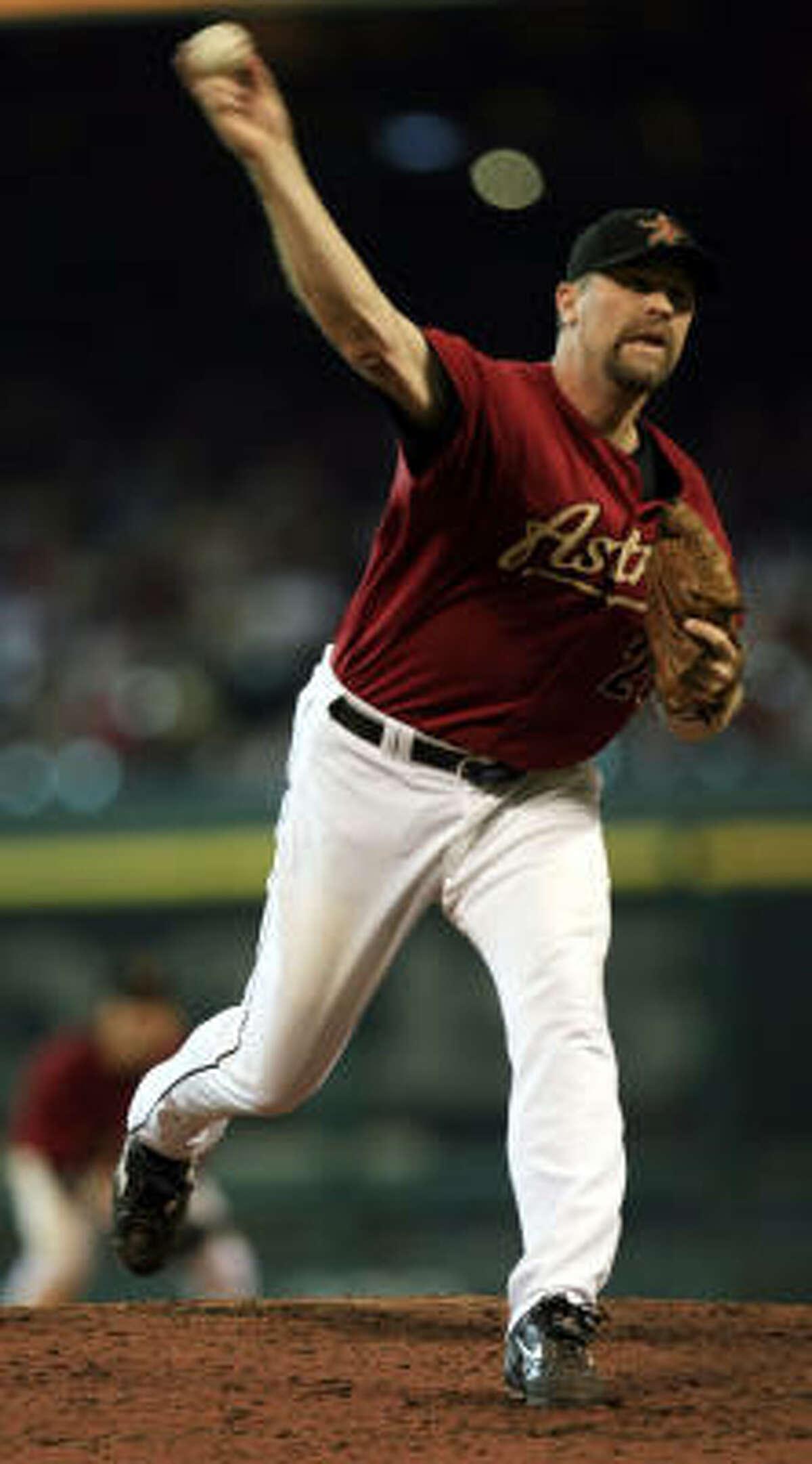 Doug Brocail will be back in the Astros bullpen for the 2009 season.