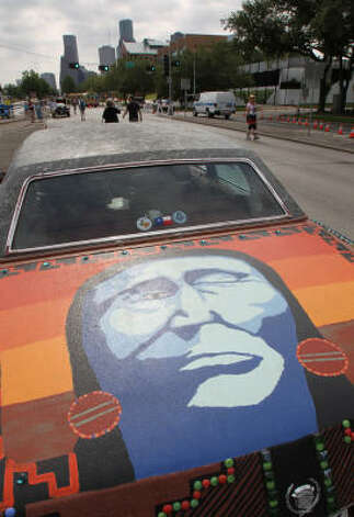 The art car Chief Fleetwood is a tribute to Native Americans, not Fleetwood Mac. Photo: Nick De La Torre, Houston Chronicle / HC