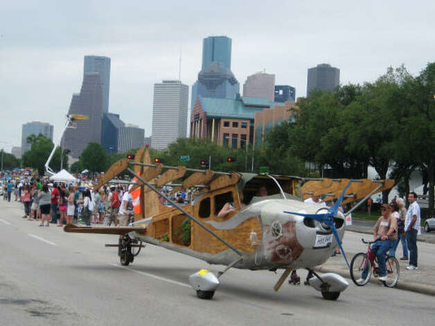 This Art Car Plane is great for those wishing they could fly over traffic. Photo: Roberta Macinnis, Houston Chronicle / HC