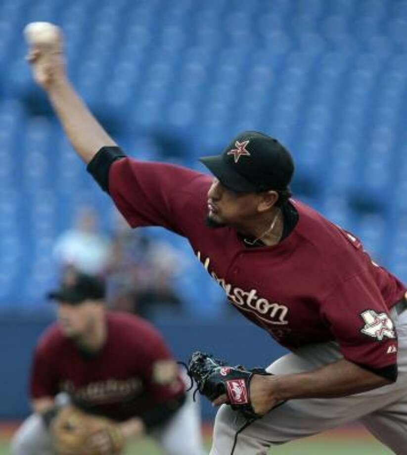 Aneury Rodriguez delivers a pitch. Photo: Abelimages, Getty