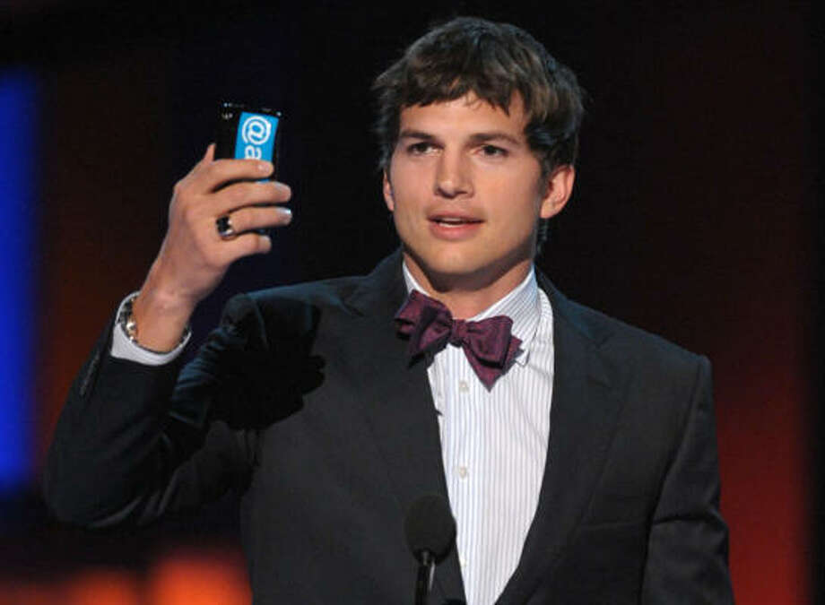 Kutcher before his beard Photo: Kevin Winter, Getty Images For PCA