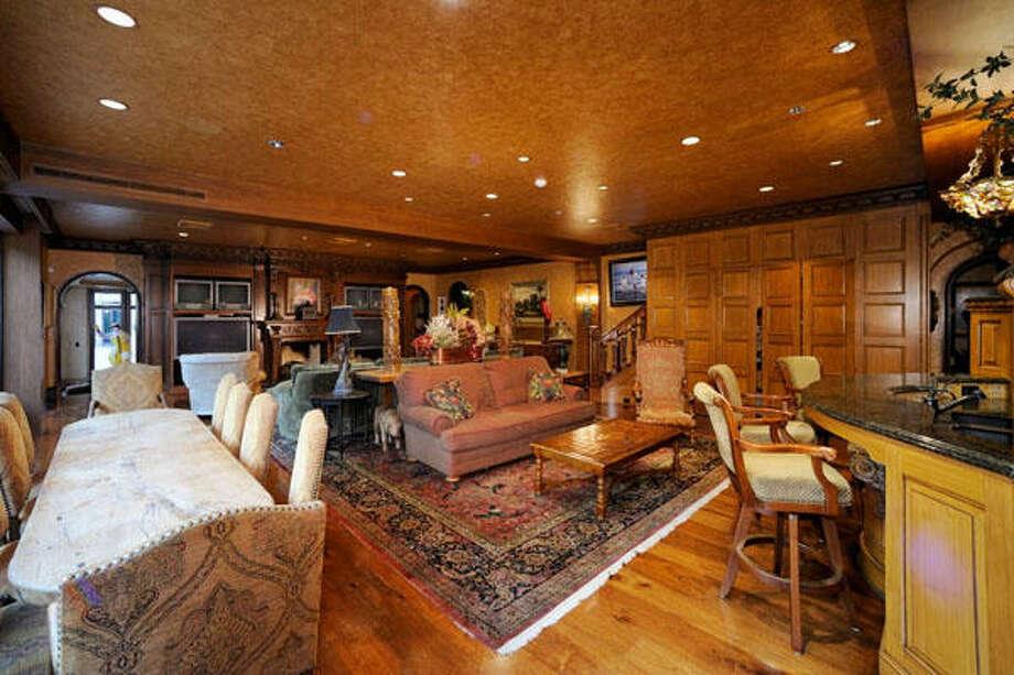 The breakfast area in the den. Photo: Buck Ballas, Greenwood King Properties