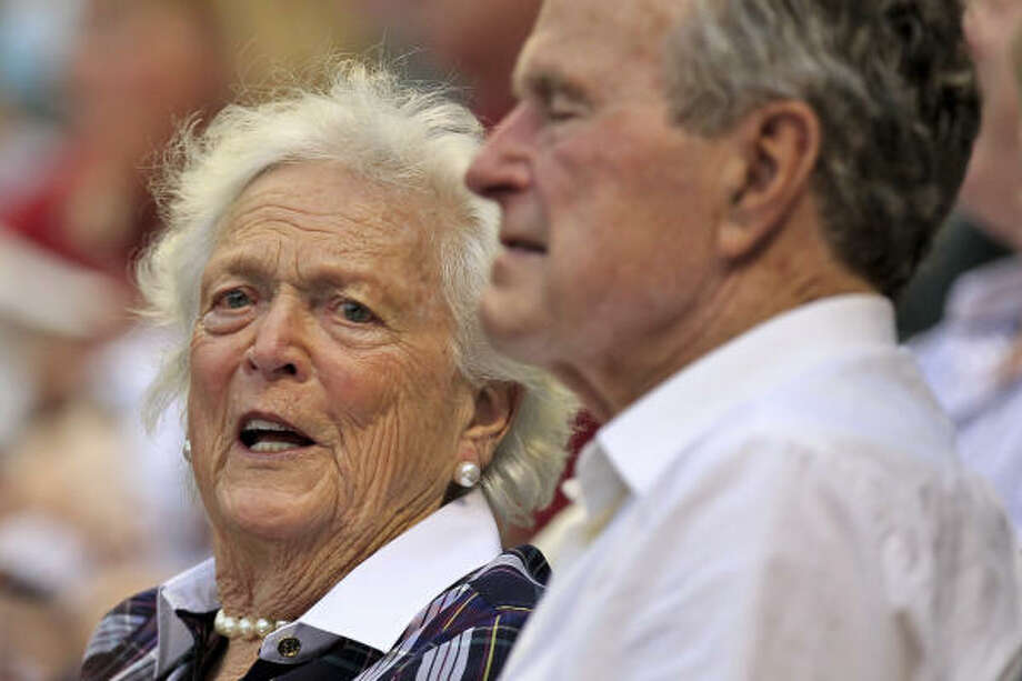Former first lady Barbara Bush and former President George H.W. Bush were on hand to watch Saturday's game. Photo: Michael Paulsen, Chronicle