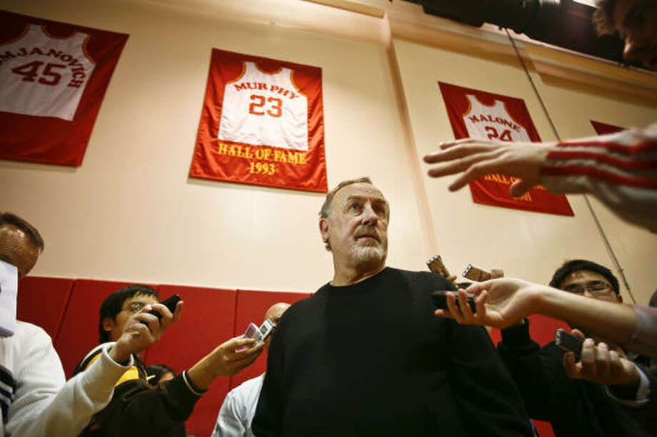 Jan. 29 - March 16, 2008 Adelman guides the Rockets to a franchise-record 22 straight wins despite the team losing Yao Ming to injury 12 games into the streak. It's the second-longest streak in NBA history. Photo: Michael Paulsen, Chronicle