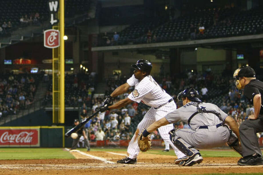 Michael Bourn strikes out on a 3-2 pitch with two outs and the bases loaded to end the seventh inning. Photo: Michael Paulsen, Chronicle
