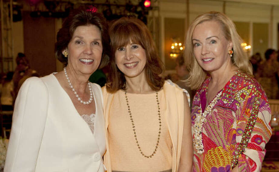 Lilly Andress, Vicki West and Alice Mosing attended the annual fundraiser. Photo: Nick De La Torre, Houston Chronicle
