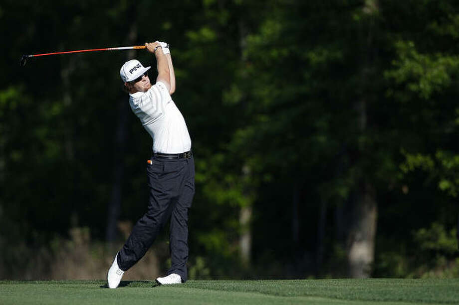 Hunter Mahan hits a shot from the fairway. Photo: Michael Cohen, Getty Images