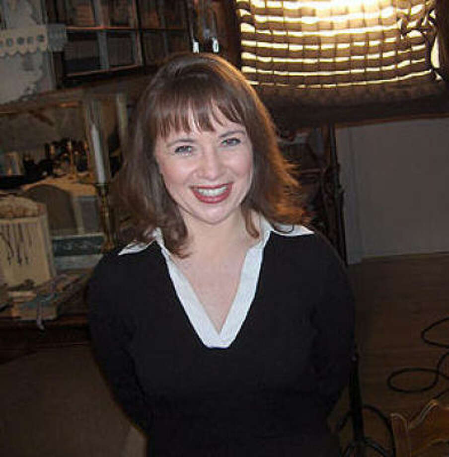 Aileen Quinn, 2009, age 38. 
