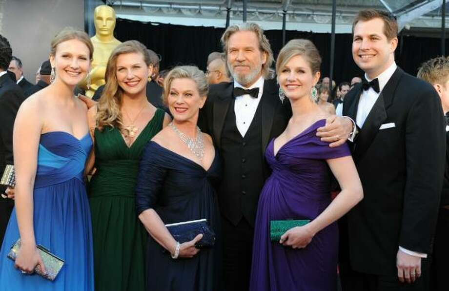 Jeff Bridges and his jewel-toned family Photo: MARK RALSTON, AFP/Getty Images