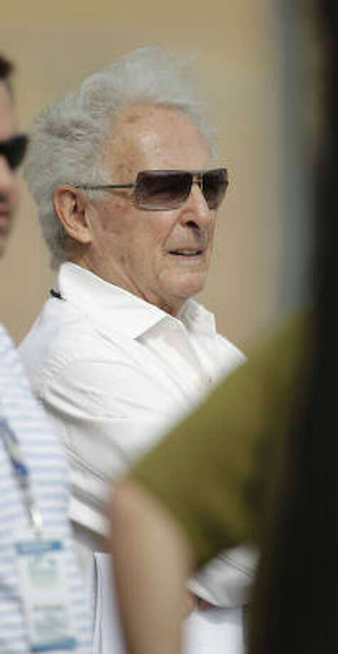 Tal Smith, Astros president of baseball operations, watches practice. Photo: Karen Warren, Chronicle