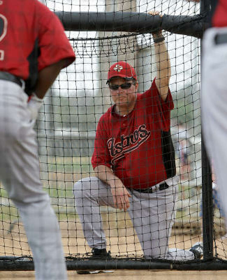 Hitting coach Mike Barnett keeps an eye on batters. Photo: Karen Warren, Chronicle