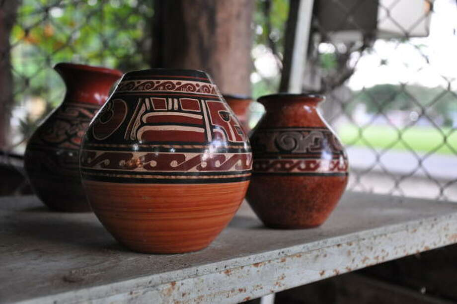 In the town of Guatil, located in northwest Guanacaste, Willy Villafuerte and his family make pottery in the Chorotega tradition. Photo: Melissa Ward Aguilar, Staff