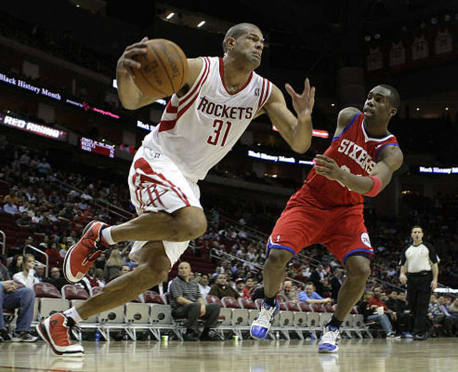 Rockets trade F Shane Battier to GrizzliesThe Rockets shipped Battier, left, back to his former team for forward DeMarre Carroll, center Hasheem Thabeet and a first-round pick in the 2011 draft. Battier played for the Grizzlies from 2001-06 and helped them reach the postseason during three of those seasons. Photo: James Nielsen, Chronicle