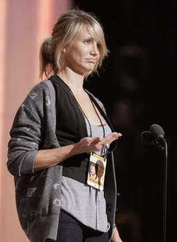 Before: Cameron Diaz needed to stop frowning at the 80th Academy Awards rehearsal. Also, her messy hair didn't help her look. Photo: Chris Carlson, AP