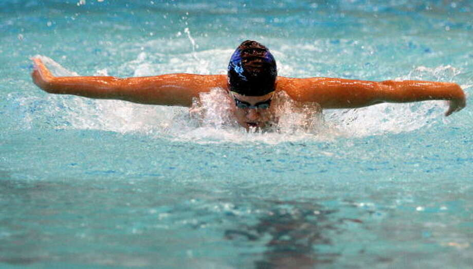 Westside's Catalina Endo competes in the 200 IM. Photo: Gerald James, For The Chronicle