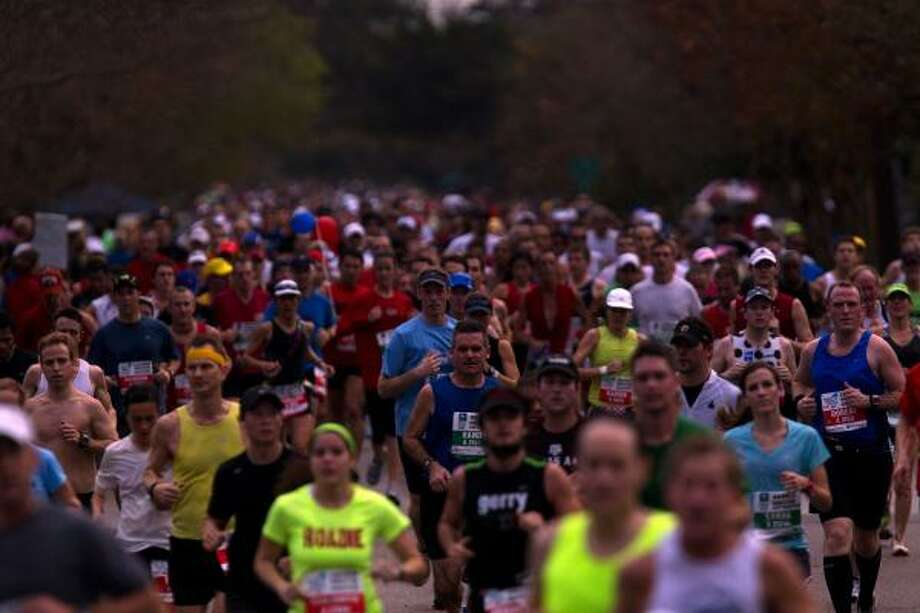 Approximately 22,000 runners participated in the event. Photo: Johnny Hanson, Chronicle