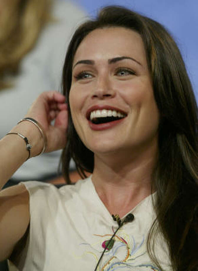 Rena Sofer Photo: DAMIAN DOVARGANES, Associated Press