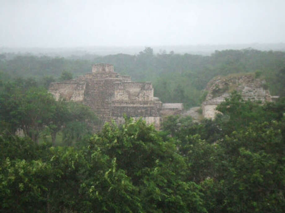 While not as renowned as Chichén Itzá, Ek Balám has marvelous Maya structures, too. Photo: Eliot Kleinberg