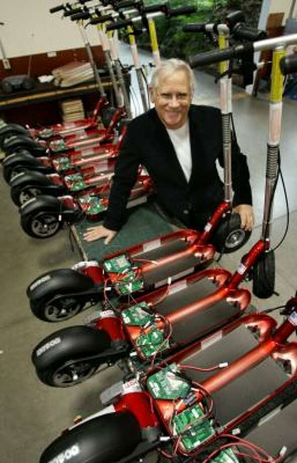 Steve Patmont, owner of Patmont Motor Werks in Minden, Nev., sued the Chinese government for blocking his efforts to sell his electric scooters in China. Photo: CATHLEEN ALLISON, ASSOCIATED PRESS