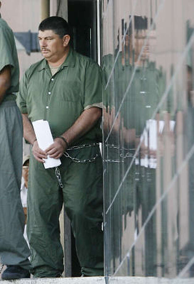 Octavio Torres-Ortega pleaded guilty Monday to one count of conspiracy for his role in the 2003 smuggling deaths of 19 illegal immigrants in South Texas. Photo: Billy Smith II, Houston Chronicle