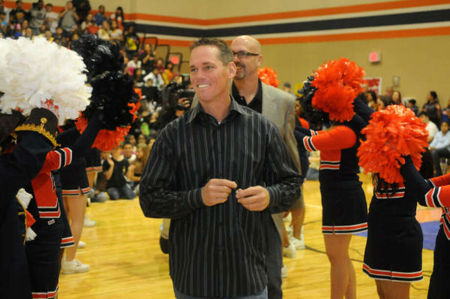 Former Astros star Craig Biggio began his coaching career this week at St. Thomas. Photo: Jerry Baker, For The Chronicle