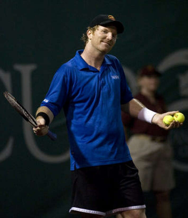 Jim Courier often plays well on slow surfaces such as the clay at River Oaks. Photo: SMILEY N. POOL, CHRONICLE