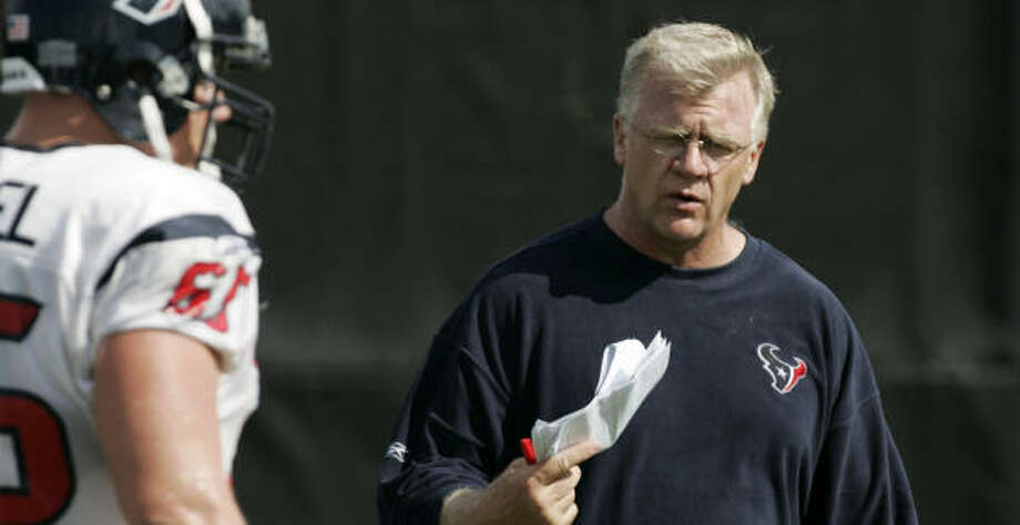 The Texans could have a vacancy on staff if the Cardinals hire Mike Sherman as their new coach. Photo: BRETT COOMER, HOUSTON CHRONICLE
