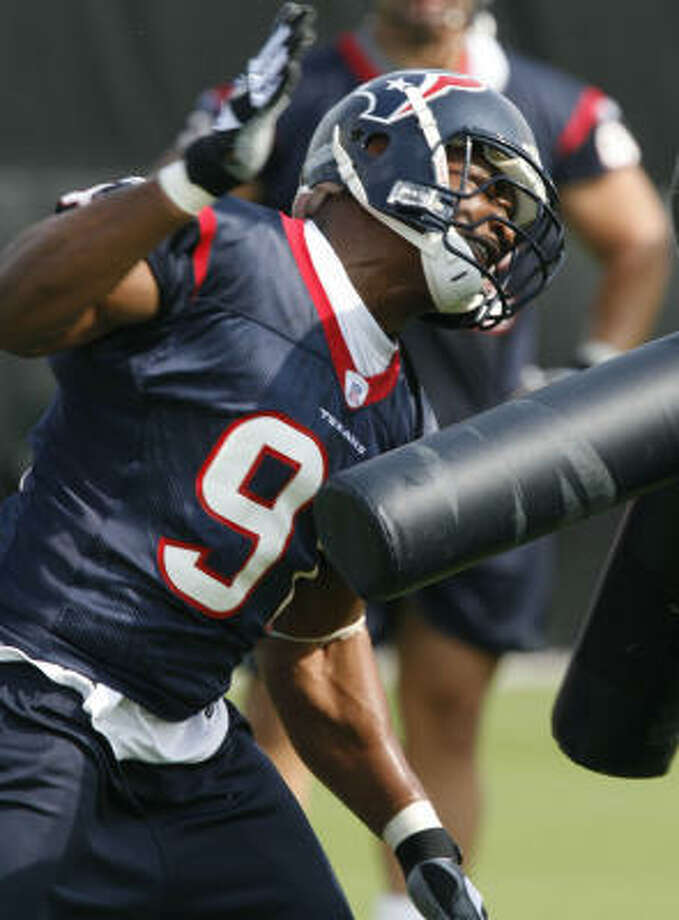 First-round draft pick Amobi Okoye brings talent but also heightened expectations to a young Texans defensive unit. Photo: James Nielsen, Houston Chronicle