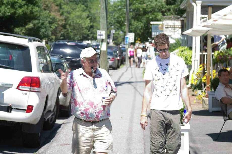 Kent, Connecticut, Sidewalk Sale, July 30th 2011 Photo: Mike Dominguez / Hearst Connecticut Media Group