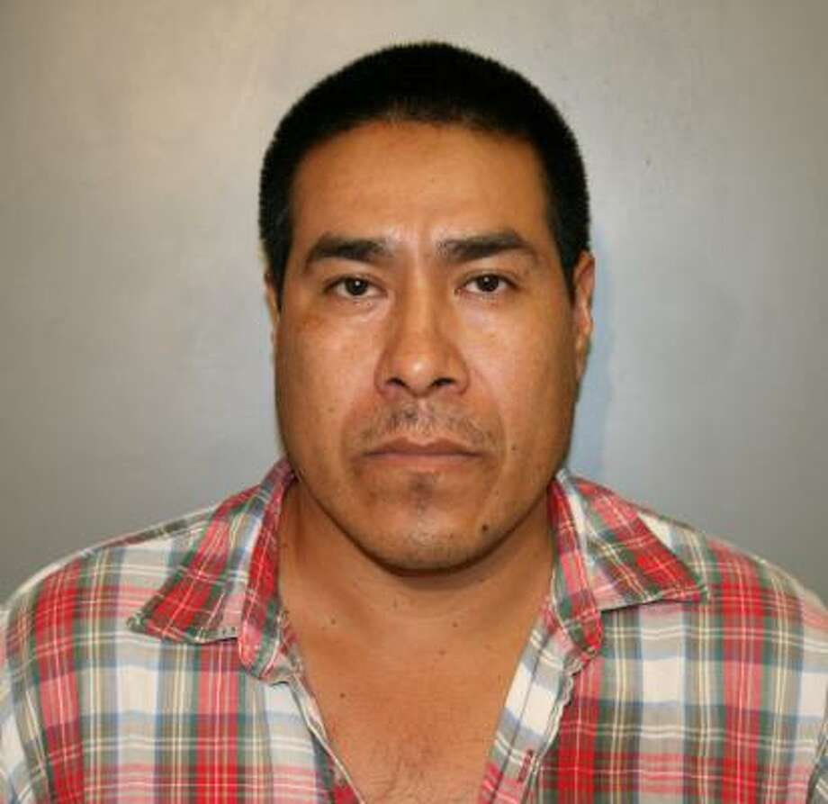 The victim identified Jose Rosales Lopez, 35, as the man who sexually assaulted her, police said. Photo: South Houston Police