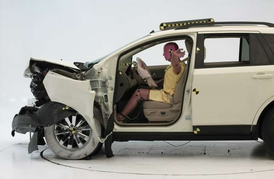 A crash test is performed on a 2007 Ford Edge. Adapting to different U.S. auto safety regulations will delay bringing more fuel-efficient cars to the U.S. market. Photo: INSURANCE INSTITUTE FOR HIGHWAY SAFETY