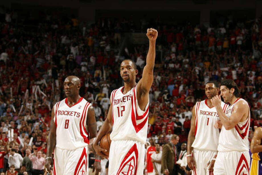 If Rafer Alston and the Rockets reach 57 wins this season, going at least 11-6 the rest of the season, they would have the greatest turnaround (based on winning percentage) of any team below .500 after the new year. Photo: NATHANIEL S. BUTLER, AFP/Getty Images
