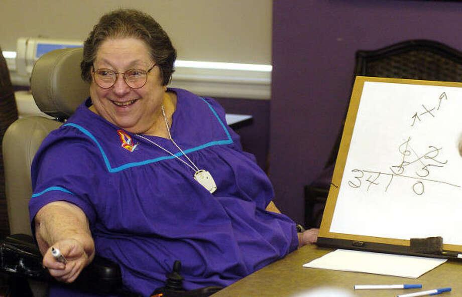 Henrietta Blend, 82, teaches the Math Whiz class at The Medallion. Photo: Dave Rossman, For The Chronicle