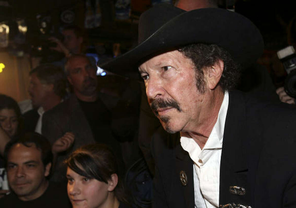 Kinky Friedman, shown in Austin in 2006, finished in fourth place in the governor's race that year.
