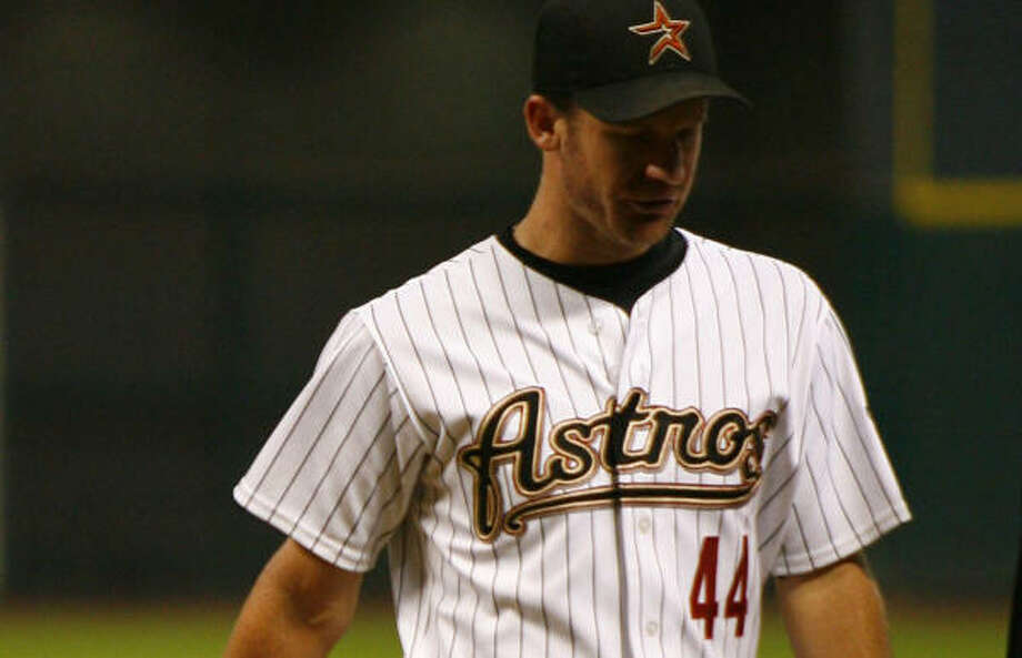 Roy Oswalt had an MRI on Saturday morning that confirmed the injury he aggravated last week. Photo: Steve Ueckert, Chronicle