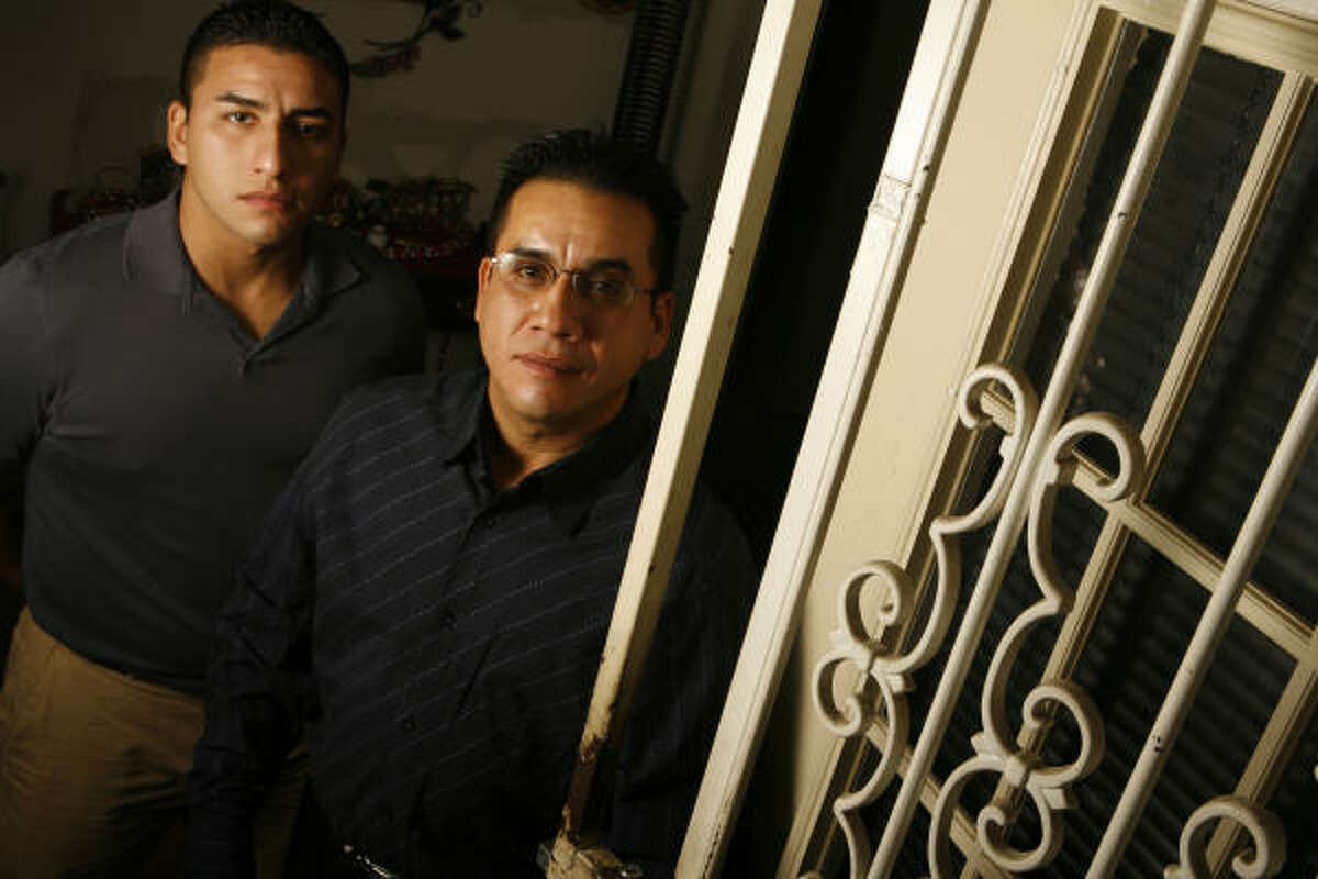 Erik Ibarra, left, and his brother, Sean, sued four sheriff's deputies, Sheriff Tommy Thomas and Harris County for $5 million.