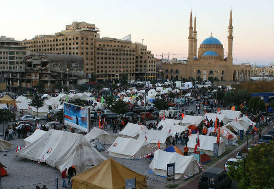 Hezbollah supporters protest Prime Minister Fuad Saniora by setting up tents in a sit-in Saturday in downtown Beirut. Photo: ASSOCIATED PRESS