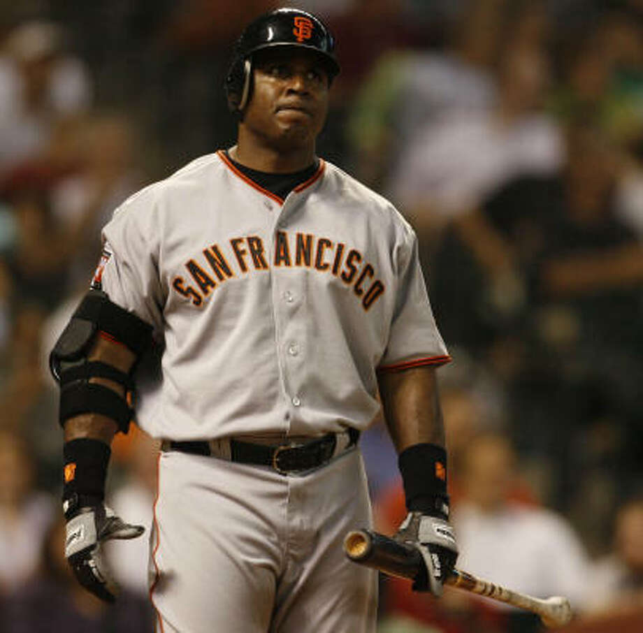 Barry Bonds went 0-for-2 with a walk before being replaced by a pinch runner. Photo: Karen Warren, Chronicle
