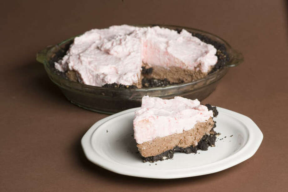 Chocolate Candy-Cane Pie Photo: Buster Dean, Chronicle