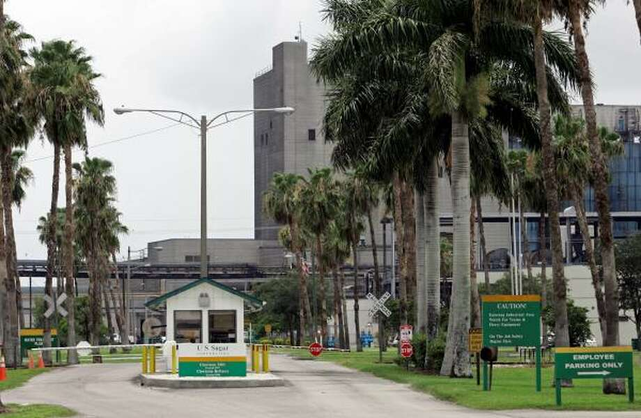 U.S. Sugar Corp., which has been the heart of Clewiston, Fla., for nearly 80 years, has tentatively agreed to sell all its land to the state for Everglades restoration. The land comprises almost 300 square miles. Photo: ALAN DIAZ, ASSOCIATED PRESS