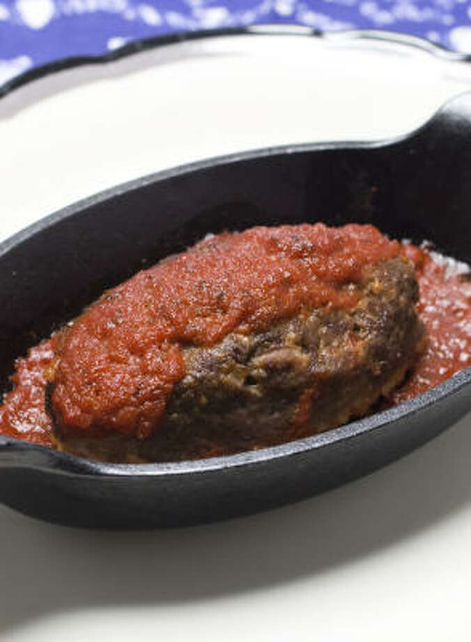 Individual Meatloaves offer a ready-made way to portion control. Photo: NICK DE LA TORRE:, CHRONICLE